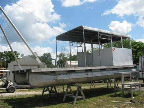 a frame for sale pontoon work barge with a frame for sale for 4 800