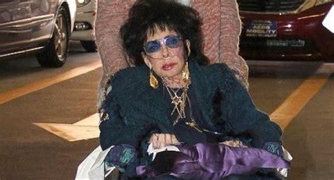 elizabeth taylor died elizabeth taylor death dead pictures to pin on pinterest