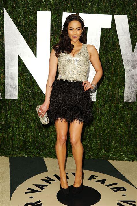 paula pattons feathered oscars party dress celebrity paula patton at 2012 vanity fair oscar party at sunset