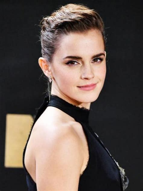 how old is actress emma stone how old is emma watson