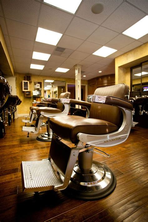 black hair stylist in knoxville tn 1000 images about vintage barber chairs on pinterest
