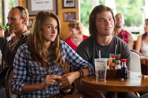 film film remaja disney the descendants breakout shailene woodley on her future