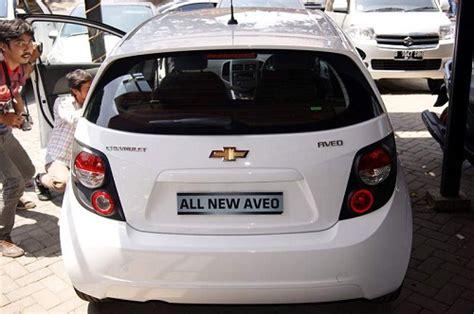 all new chevrolet aveo yang sedang mencari harga mobil bekas toyota yaris