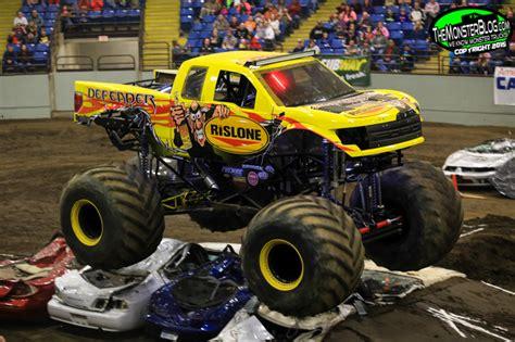 monster truck races 2015 themonsterblog com we know monster trucks monster