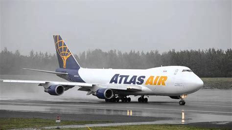 atlas air polar air cargo boeing 747 400f n412mc takes from anchorage