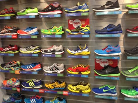 buying the right running shoes 10 things you need to to help you buy the right