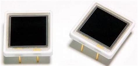silicon photodiode avalanche photodiode aids in low light measurement
