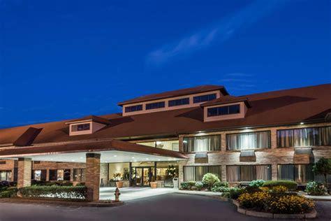 cheap hotels  bristol ri