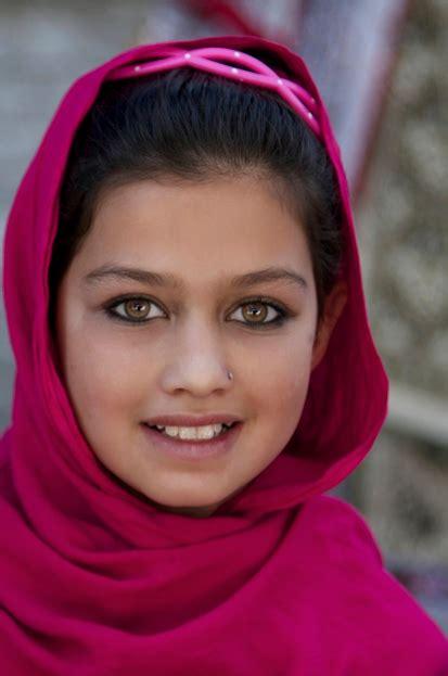 beautiful afghanistan girls hazara photo beautiful afghan girl