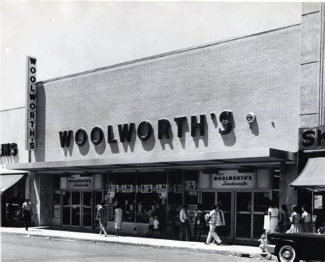 Historic photos: America's first chain store, F.W. Woolworth