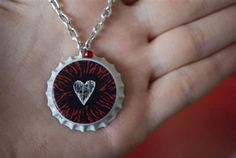 how to make bottle cap jewelry how to make bottle cap necklaces 25 diys guide patterns