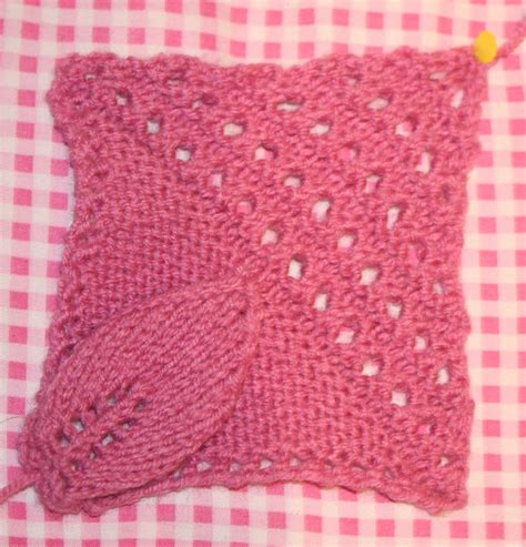 leaf pattern knitted squares the butterfly balcony knit it 1940s knitted counterpane