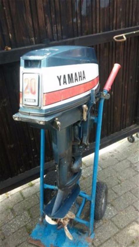 buitenboordmotor yamaha 40 pk yamaha buitenboordmotor 20 pk advertentie 585051
