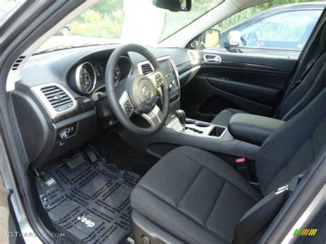 black interior 2013 jeep grand laredo 4x4 photo