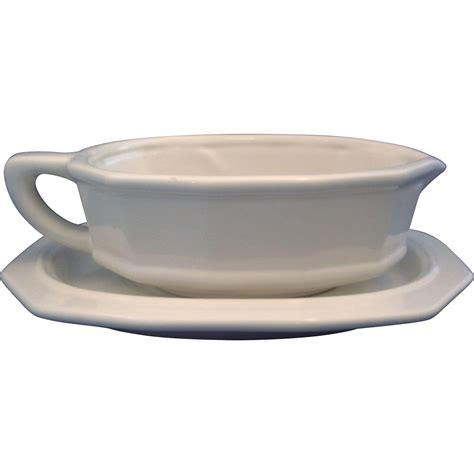 gravy boat set pfaltzgraff heritage white gravy boat underplate set from