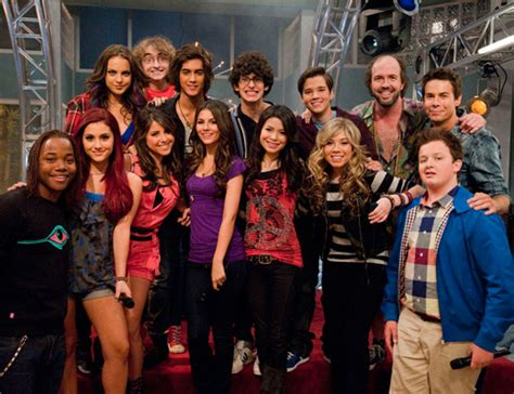 icarly cast and crew iparty pics of the new party pals post read comments