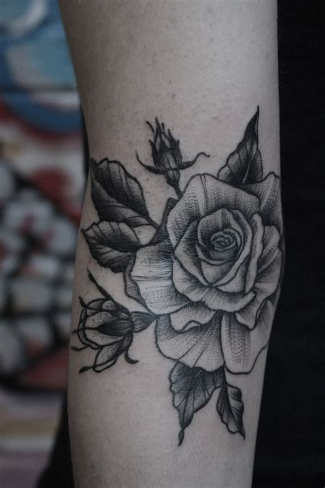 roses tattoos tumblr stippled fractals and pointillism