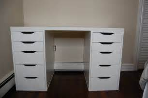 Makeup Vanity With Big Drawers Bedroom Luxurious White Makeup Vanity With Drawers For