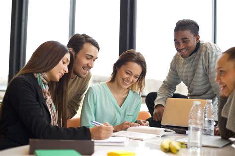 world of intern internship aptech