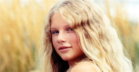 Age Of Taylor Swift | taylor swift age 12 photos rare photos of taylor