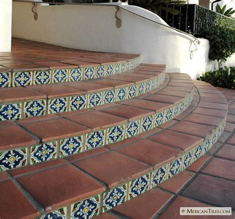 ceramic tile embedded in stucco front steps ideas