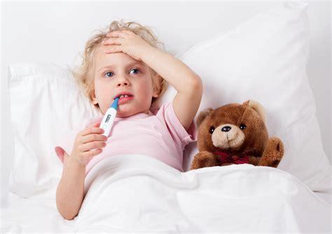 cosa fare in caso di febbre alta 10 cose da fare se i bambini hanno la febbre bigodino