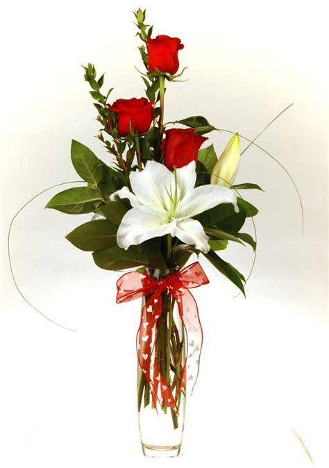 arrangement flowers best 25 flower arrangements ideas on valentines flowers s day