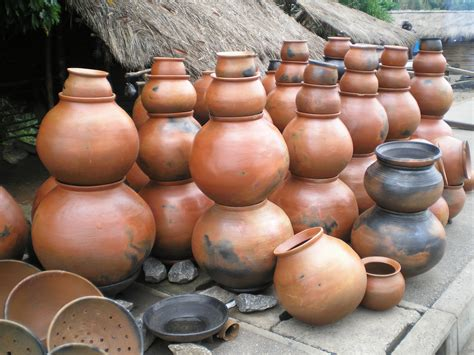images of pottery file pottery ghana jpg wikimedia commons