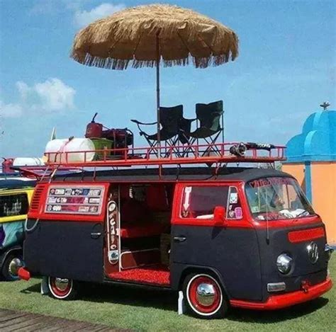 volkswagen hippie van 10 iconic hippie vans photos