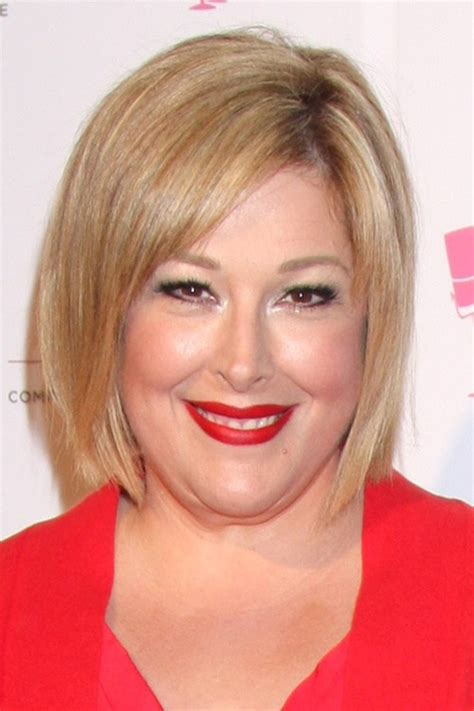 hair cut for fat face women with double chin 60 short hairstyles for fat faces double chins