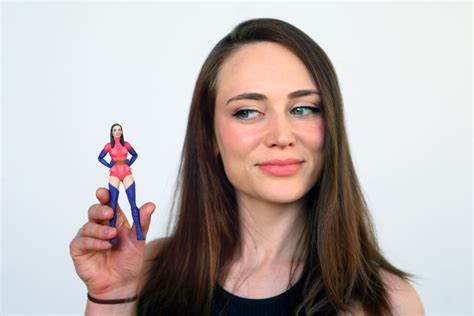figure yourself now you can turn yourself into a 3d printed figure
