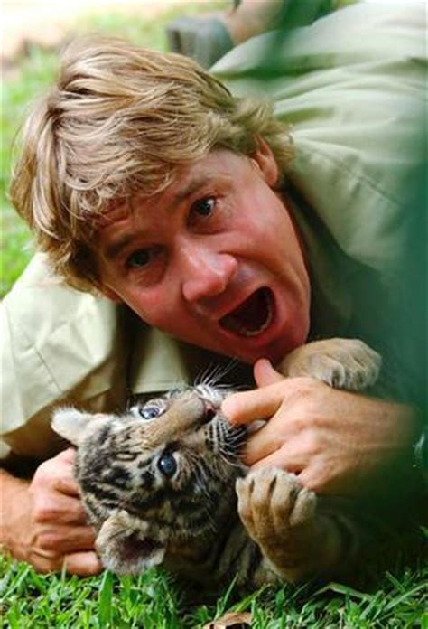 biography book on steve irwin steve irwin biography birth date birth place and pictures