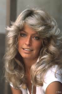 hair styles for 62 year farah fawcett 1975 foto