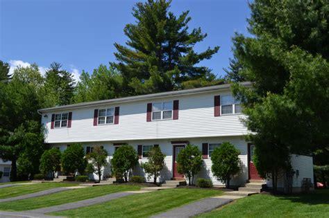 2 Bedroom Apartments For Rent In Albany Ny Pine Ridge Apartments Rentals Clifton Park Ny
