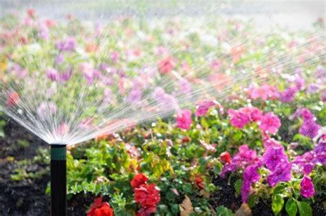 irrigatori per giardino prezzi irrigatori da giardino impianto irrigazione impianto