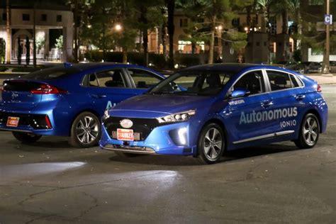 Hyundai Ioniq self driving car: flawless, all right turns