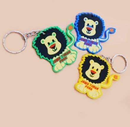 buat gantungan kunci karet karet gantungan kunci gantungan kunci karet lion gelang