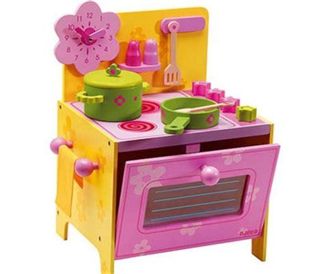 giochi di natale cucina con regali di natale per bambini dalla a alla z nostrofiglio it