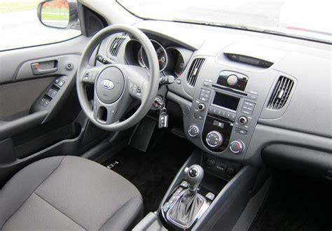 Kia Cerato 2011 Interior Nuevo Kia Cerato 5 Inicia Venta En Chile Autocosmos