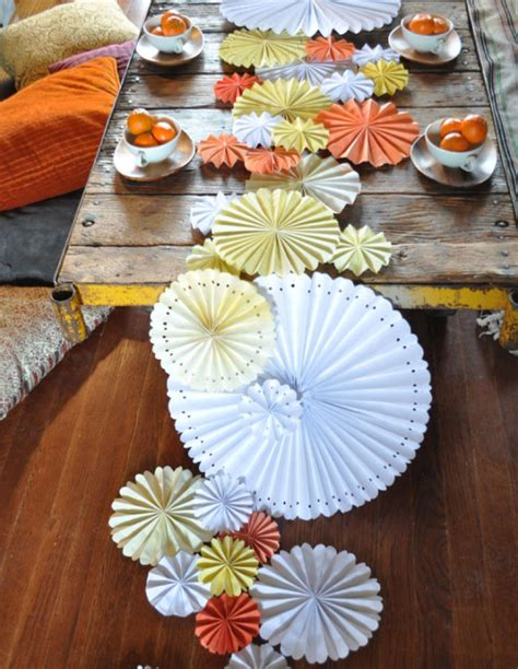 creative ideas for table runners creative table runners diy