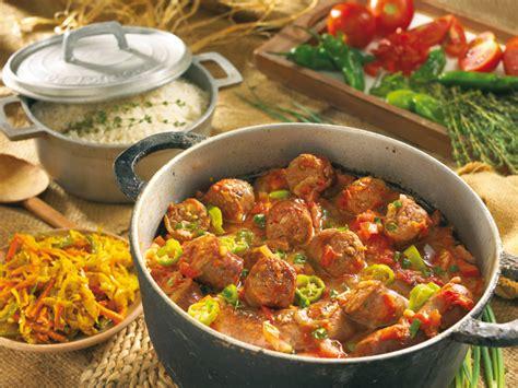 cuisine r騏nionnaise laissez vous tenter par la gastronomie r 233 unionnaise au