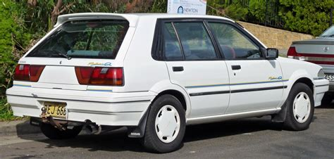 nissan pulsar 1992 nissan pulsar 1 8 1992 auto images and specification