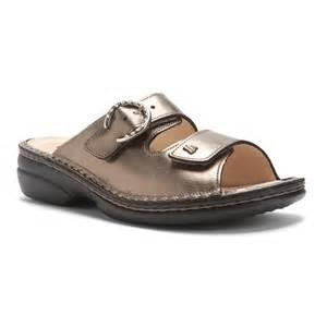 finn comfort women s mumbai sandals in oro lanato galyshoe