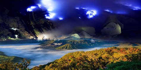 Ijen Crater and Mount Bromo Tours 3 Day 2 Night Mount Ijen