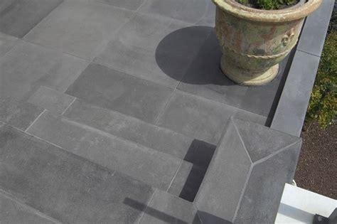 piastrelle per esterno in cemento piastrelle in cemento per esterno pavimenti esterno