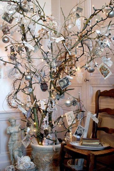 decorar ramas secas para navidad de arbol como decorar con una arbol de navidad hecho de ramas secas vestidos