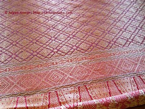 Kain Batik Encim 028 106 best images about my affair with textiles on traditional sarongs and weaving