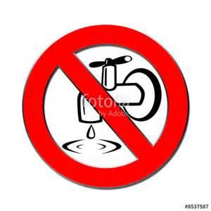 wasserhahn zudrehen quot tropfender wasserhan verboten quot stockfotos und lizenzfreie