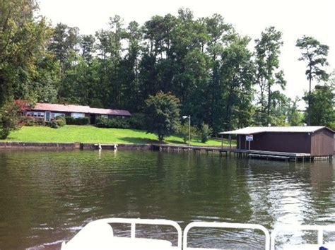 rent a boat in guntersville al 55 best images about lake homes on pinterest see more