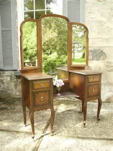 Antique Vanity Antique Vanity With Dressing Mirror Traditional